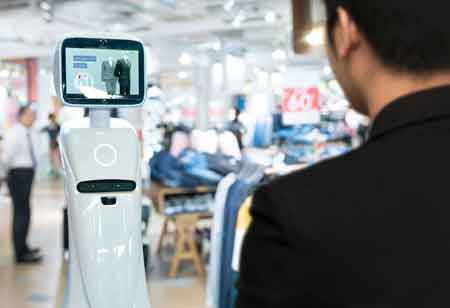 What Role does AI Play in the Retail Online Transition?